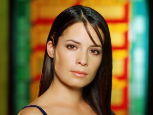 104468_xolli-mari-kombs_or_Holly-Marie-Combs_1600x1200_(www.GdeFon.ru)