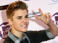 Justin Bieber 1320663463 1072870204 200x150 - Джастин Бибер