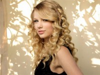 taylo swift 2012 7657 200x150 - Тэйлор Свифт
